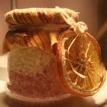 Sali da bagno all'arancio dolce, limone e cannella